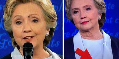 Una mosca se paró en la cara a Hillary Clinton en el debate