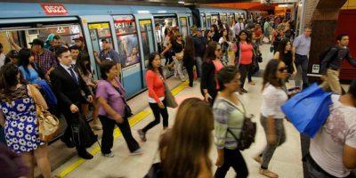 Clasificatorias: Metro y Transantiago anuncian plan especial por partido entre Chile y Perú