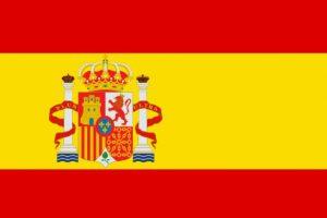 """Ruiz de la Prada y el emblema español: """"Es una maravilla en su simple combinación del rojo y amarillo, colores perfectamente entrelazados y potentes, mis primeros desfiles estaban repletos de rojo y amarillo"""". Foto:Reproducción. Imagen Por:"""