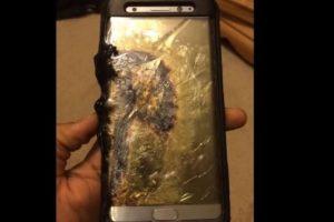 """""""Al considerar prioritaria la seguridad del consumidor hemos tomado la decisión final de parar la producción del Galaxy Note 7"""", indicó la firma surcoreana en un comunicado oficial. Foto:Reproducción. Imagen Por:"""