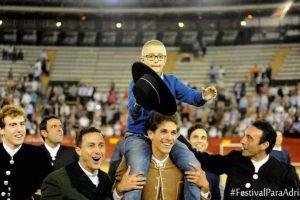 Adrián Hinojosa cumplió su sueño en un ruedo Foto:Twitter.com/eduhinojosa. Imagen Por: