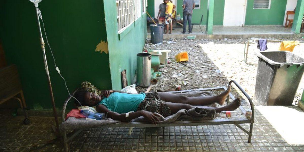 EEUU detuvo momentáneamente deportación de haitianos por huracán Matthew
