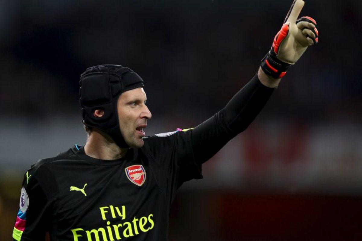 Petr Cech ingresó como el arquero con más canastas limpias Foto:Getty Images. Imagen Por: