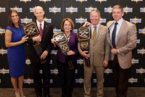 Así envejeció Vince McMahon Foto:WWE. Imagen Por: