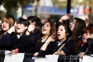 """El proyecto de ley buscaría que los jóvenes mayores de 16 puedan ostentar la calidad de """"ciudadanos"""", con lo que también podrían postular a cargos públicos. Foto:Agencia UNO. Imagen Por:"""