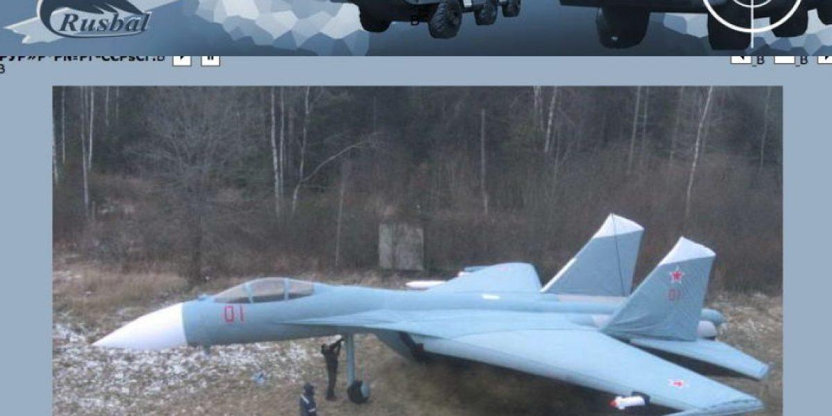 Rusia apuesta por la guerra sicológica y refuerza arsenal militar con armas inflables