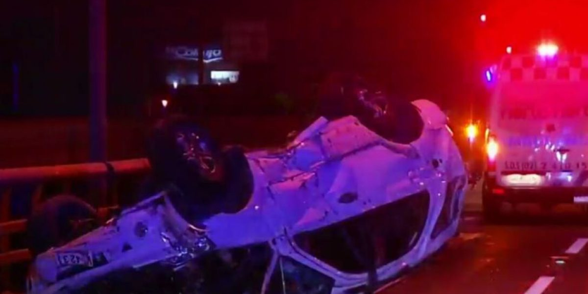 Adolescente de 17 años muere tras volcar en vehículo que mantenía encargo por robo
