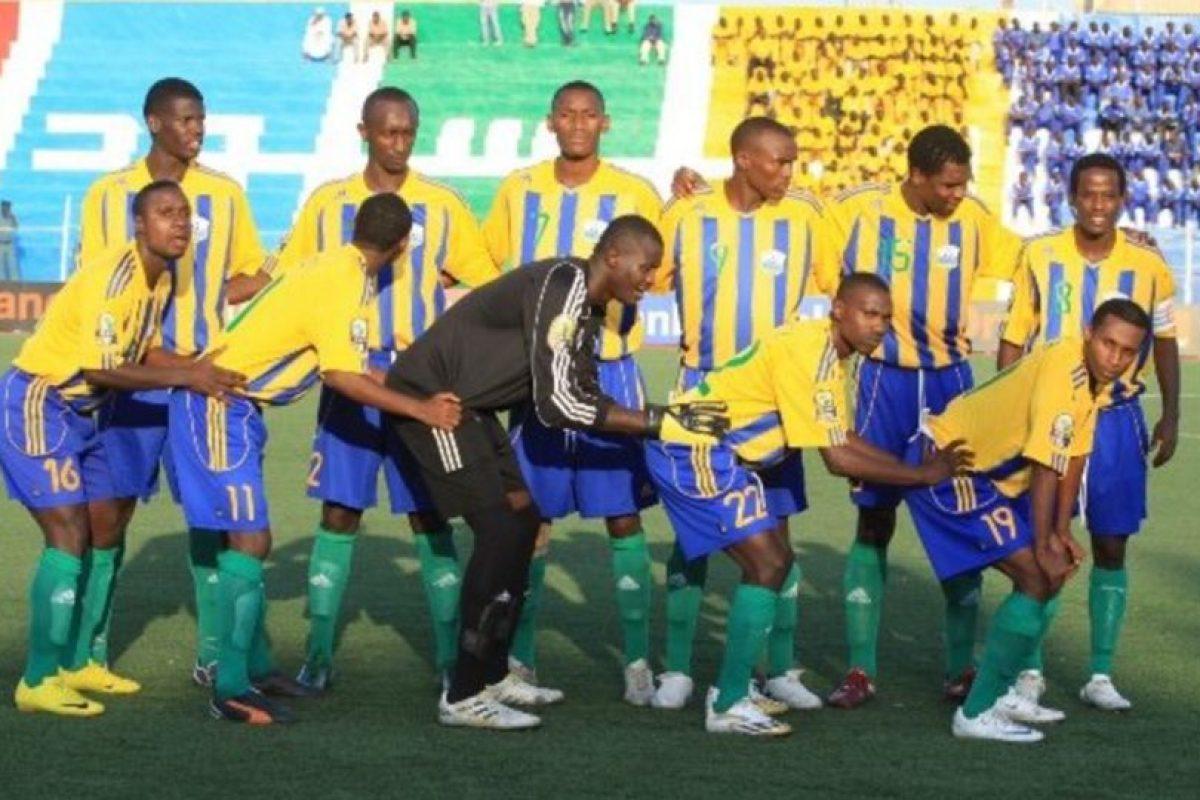 La selección de Ruanda sorprendió a todos en 2002 con su fotografía. Imagen Por: