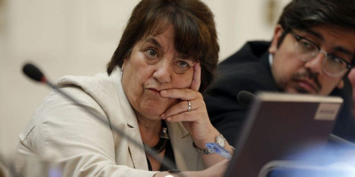 Ministra de Educación cree que no es bueno eliminar todas las tareas