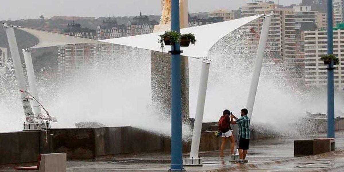 Armada advierte fuertes y anormales marejadas en el litoral central para este fin de semana
