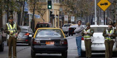 Casi 2 mil multas al día reciben los automovilistas por uso de vías exclusivas del Transantiago