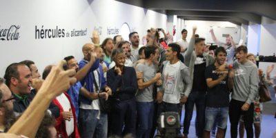 Modesto equipo español celebró que jugará con Barcelona