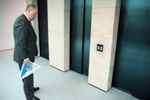 En abril de 2008, Nicolas White se quedó atrapado en un elevador durante 41 horas Foto:Getty Images. Imagen Por:
