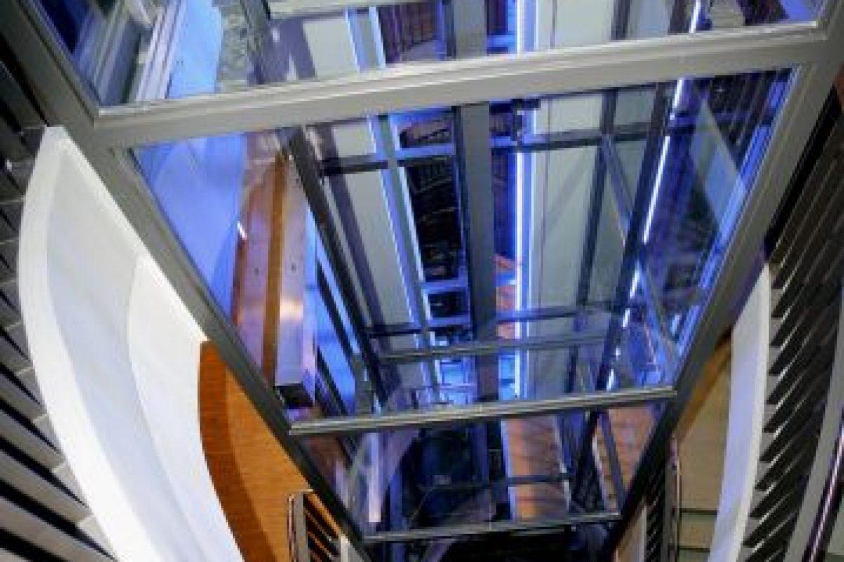 Un elevador con sobrecarga no caerá. Simplemente no se moverá Foto:Getty Images. Imagen Por: