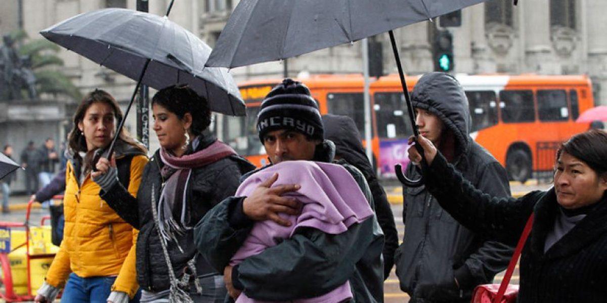 Meteorología anuncia precipitaciones débiles para esta noche en Santiago