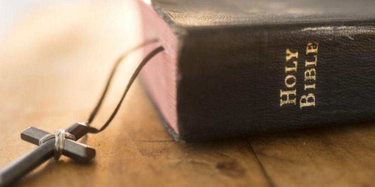 Experto asegura que halló increíbles descubrimientos tras encontrar códigos secretos en la Biblia