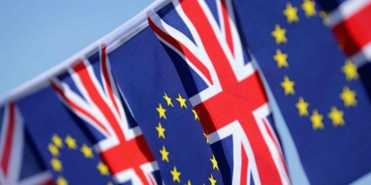 EEUU descarta negociación comercial con Reino Unido hasta se ejecute