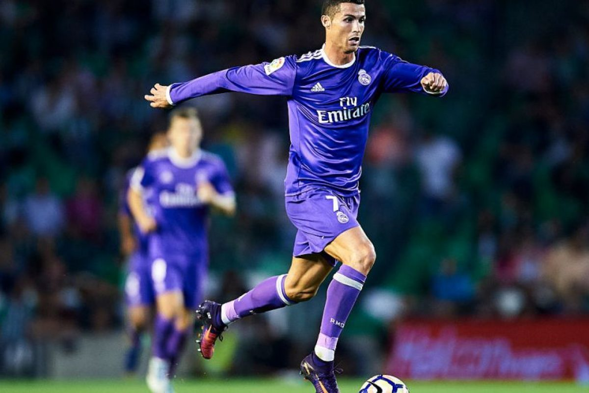 2.Real Madrid-La Liga (1.650.000 camisetas vendidas – Adidas) Foto: Getty Images. Imagen Por: