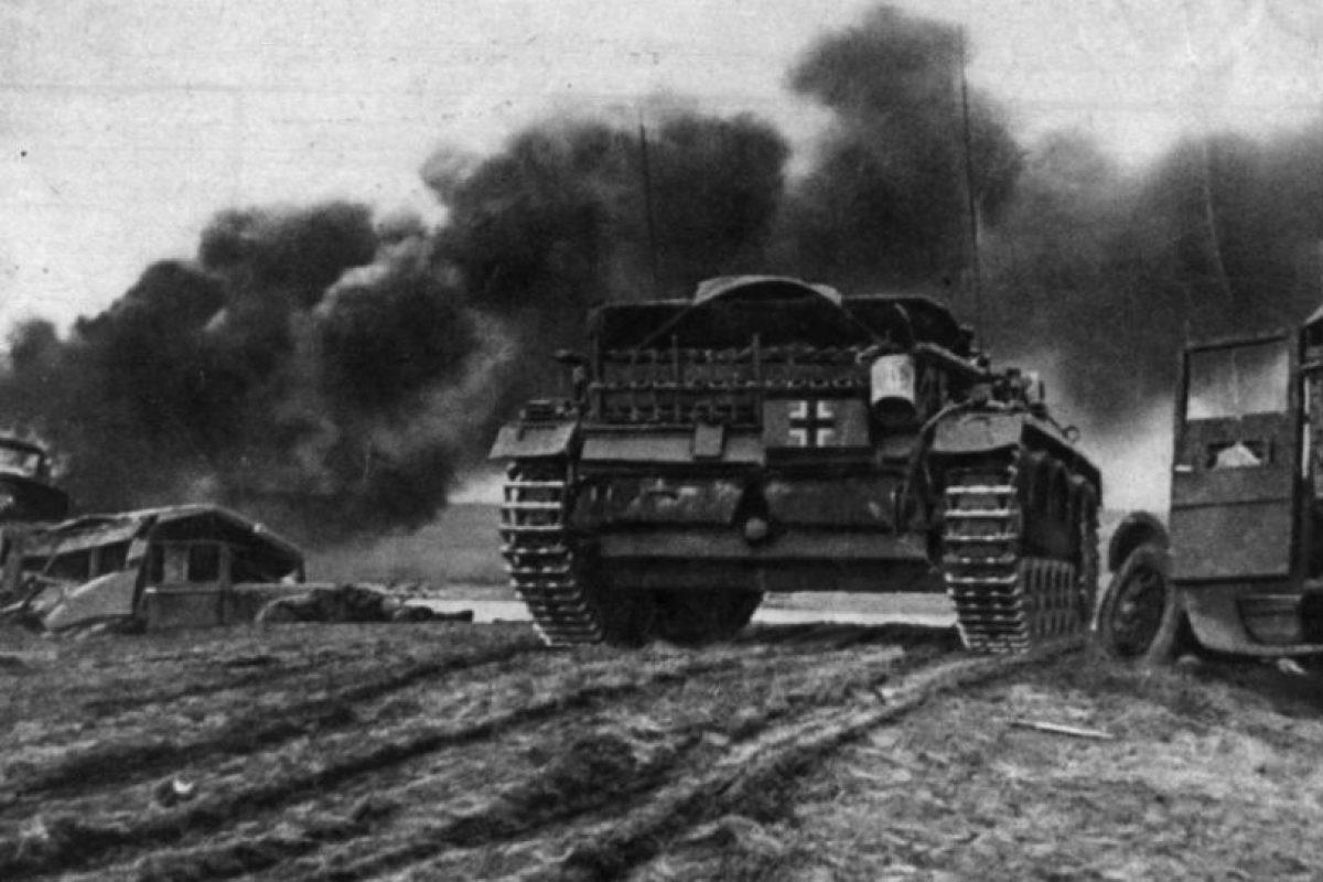 Blindados alemanes entran en el escenario de la batalla de Stalingrado. Foto:Getty. Imagen Por:
