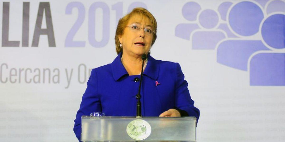 Bachelet y error en padrón: