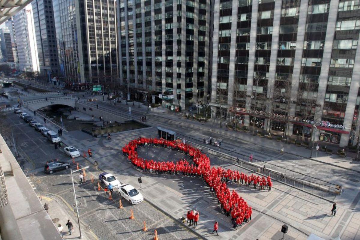 A finales de 2014, había 36.9 millones de personas infectadas de VIH en el mundo Foto:Getty Images. Imagen Por: