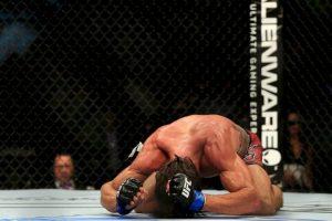 El luchador de la UFC fue encontrado inconsciente en la pieza de su hotel y falleció tras una semana en coma. Foto:Getty Images. Imagen Por: