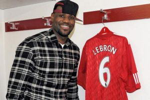 LeBron James (basquetbolista estadounidense) – Liverpool. Imagen Por: