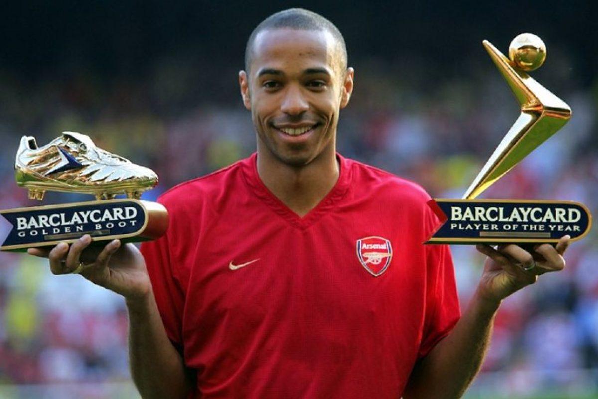 Thierry Henry – Arsenal y Diego Forlán – Villarreal (2004/05) Foto:AFP. Imagen Por:
