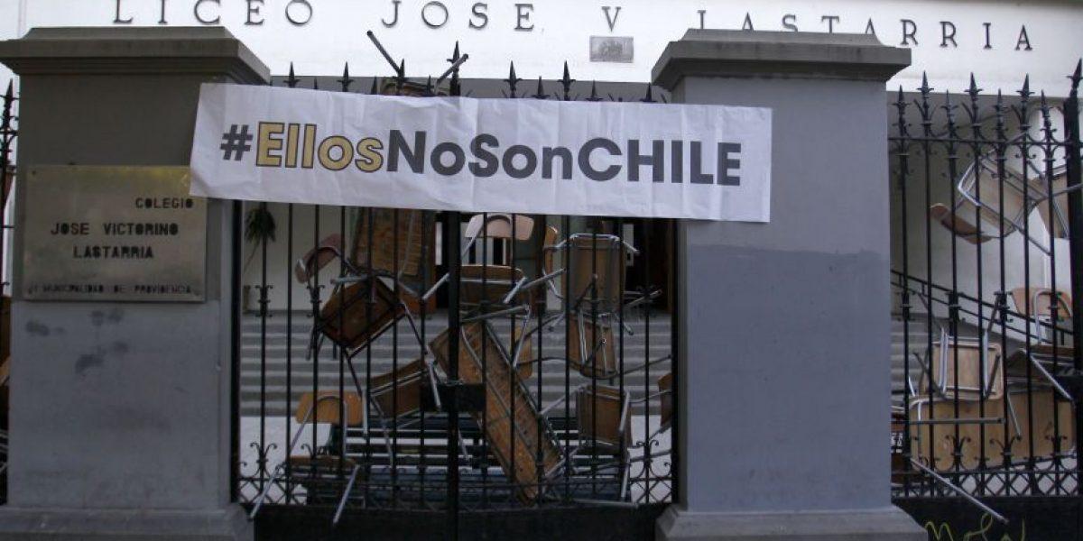 Estudiantes deponen toma del Liceo Lastarria tras rechazo a elecciones municipales