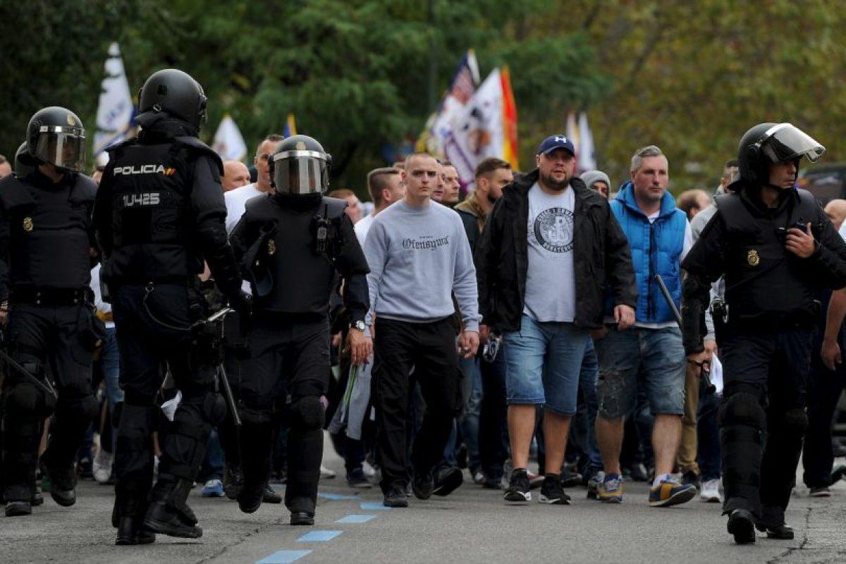 Los fanáticos del Legia Varsovia ocasionaron estragos en Madrid para el duelo de Champions League. Foto:Getty Images. Imagen Por: