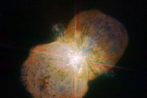 El interferómetro VLTI de Paranal capturó la imagen con mayor resolución del conocido sistema masivo Eta Carinae. Foto:European Southern Observatory (ESO). Imagen Por: