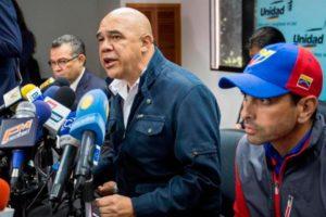 Jesús Torrealba y Henrique Capriles Foto:Efe. Imagen Por: