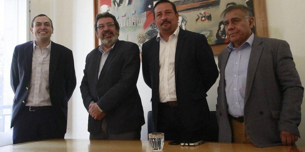 Nueva Mayoría llama a votar en las municipales y establece que prioridad es la unidad del bloque