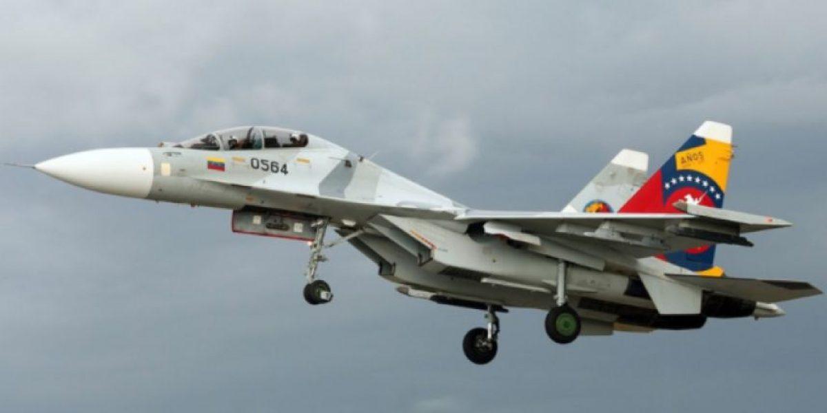 Jets de combate venezolanos habrían obligado a avión de Avianca a salir de su espacio aéreo