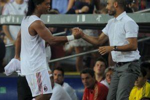 Ronaldinho (mediocampista): Cuando Pep Guardiola asumió en Barcelona, el brasileño venía en descenso. Foto:Getty Images. Imagen Por: