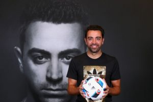 Xavi. Se llegó a cotizar en 50 millones de euros en Barcelona. Ahora vale cuatro millones Foto:Getty Images. Imagen Por: