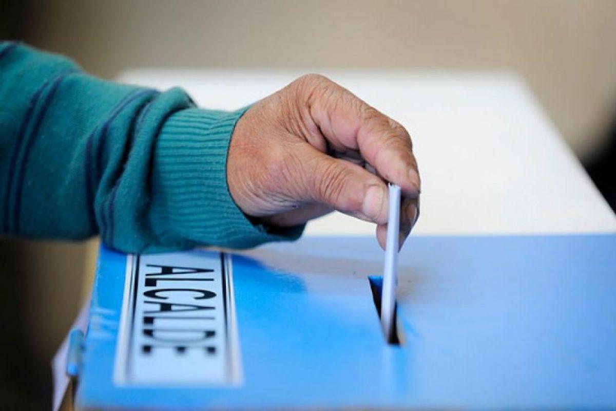 La abstención de voto habría traído duras consecuencias para la Nueva Mayoría, pues en estas elecciones el gran ganador fue Chile Vamos. Foto:Agencia UNO. Imagen Por: