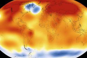 La Organización Mundial de la Meteorología (OMM), advirtió que durante el año recién pasado, la concentración atmosférica de CO2 -principal gas de efecto invernadero de larga duración- alcanzó 400 partes por millón (ppm). Las emisiones de dióxido de carbono son dominadas por EEUU, China y Europa. EEUU, China y Europa. Foto:ONU. Imagen Por: