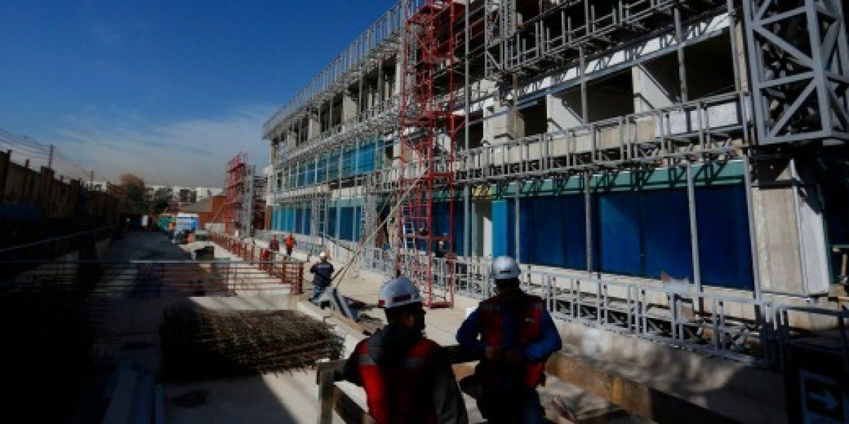 Construcción sigue a la baja: rubro creció sólo 1% anual en agosto