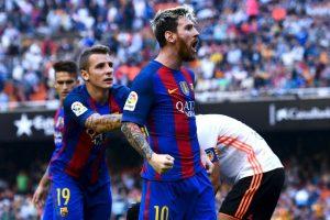 Lionel Messi (FC Barcelona-Argentina): El trasandino es uno de los mejores jugadores del mundo y así lo demuestra cada fin de semana por los culé. Además, pese a perder en la final con Chile, ayudó a Argentina a llegar a la final de la Copa América Centenario Foto:Getty Images. Imagen Por: