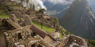 Caída de rayo en Machu Picchu lanza a dos personas por los aires