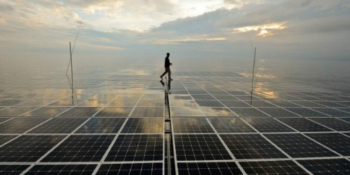 Singapur tendrá la mayor instalación de paneles solares flotantes del mundo