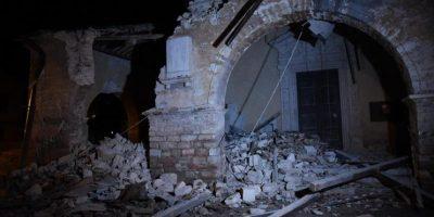 Terremotos sacuden centro de Italia: sismos de 5,5 y 6,1 Richter afectan a Macerata