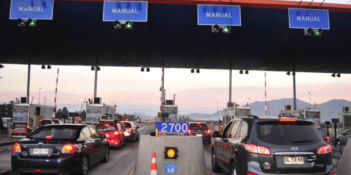 Minuto a minuto: más de 400 mil vehículos se espera que salgan el fin de semana largo