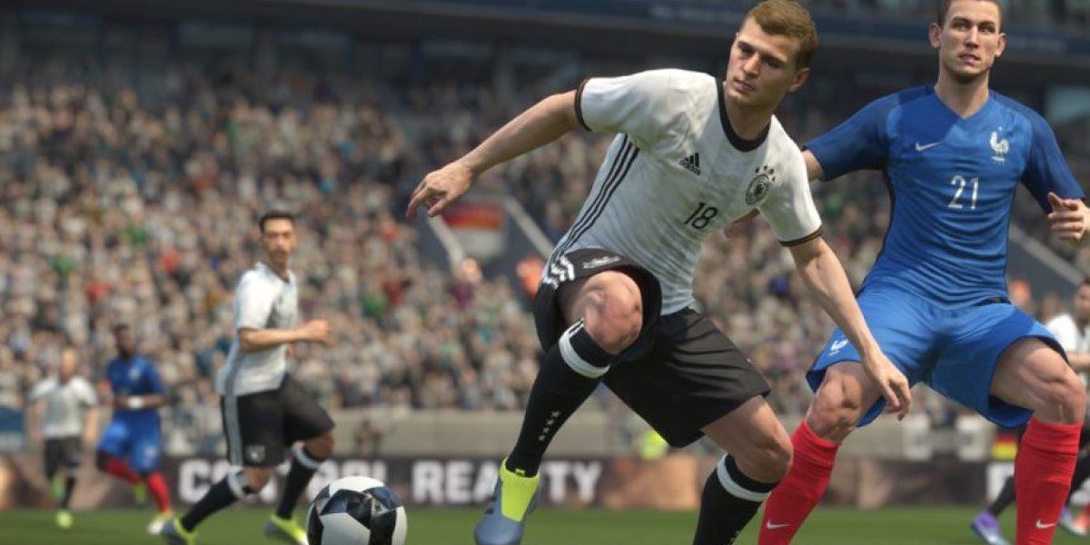 Sigue la batalla entre los videojuegos de futbol:  Llega la primera actualización de PES 2017