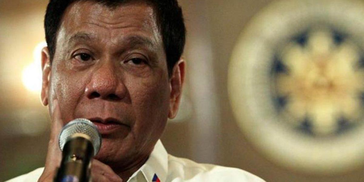 Presidente de Filipinas promete no decir más palabrotas tras recibir instrucciones de Dios