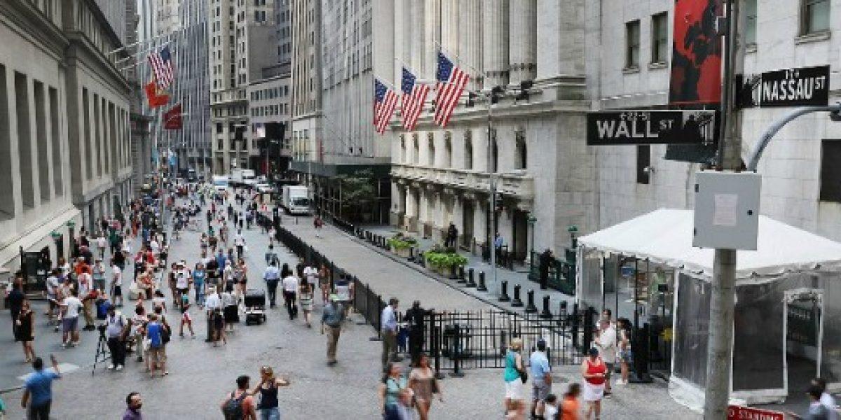 Economía de EEUU crece más de lo previsto en el tercer trimestre