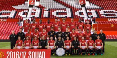Jugador de Manchester United fue marginado de la foto oficial