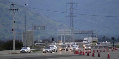 Unos 90 mil vehículos abandonaron  Santiago este viernes en inicio de fin de semana largo