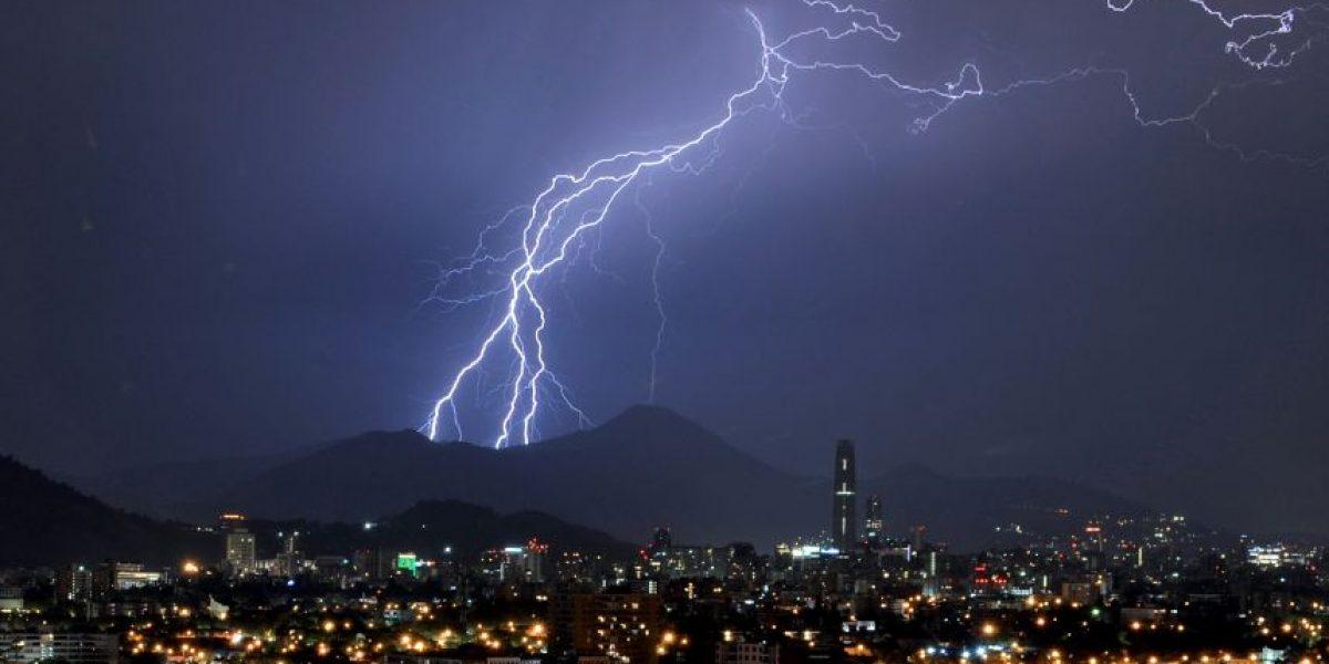 Pronóstico de tormenta eléctrica para este domingo en zona central del país